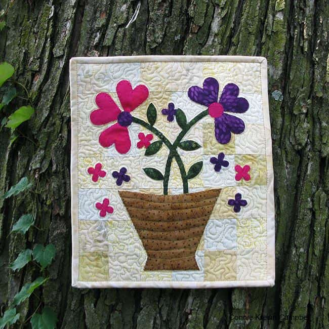 Serendipity Flower Basket Mini Quilt