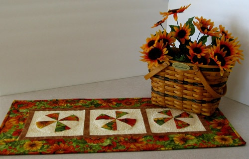 Fall Table Runner made with AccuQuilt die - conniekresin.com