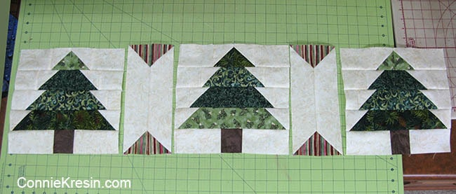 Christmas Tree Tablerunner tutorial block sashing