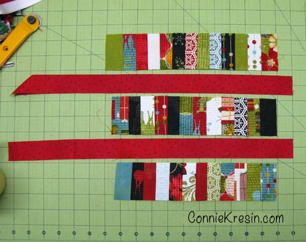 Scrappy Christmas Mug Rug tutorial made from leftover quilt scraps