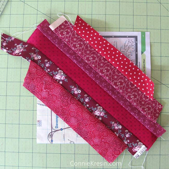 Red String table runner tutorial sewing the strings