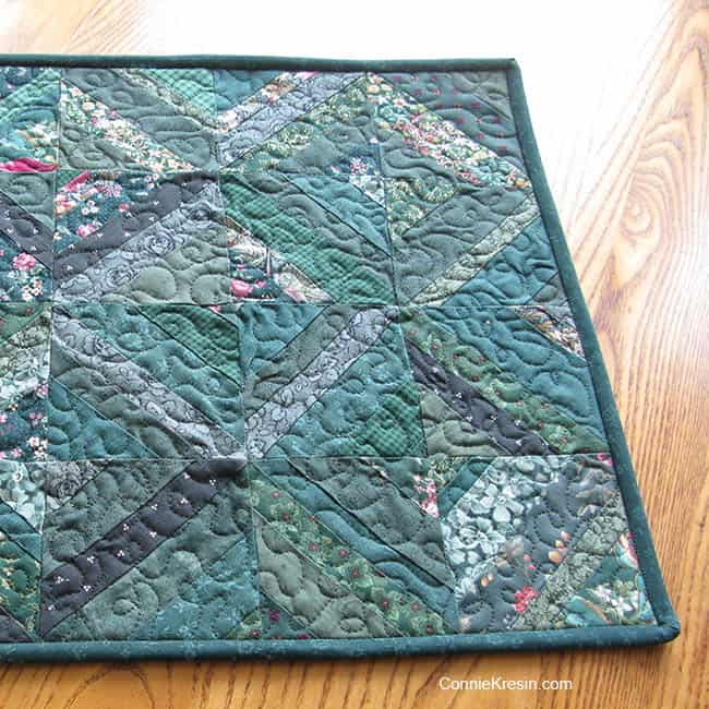 String Bean Table Runner Tutorial freemotion quilting