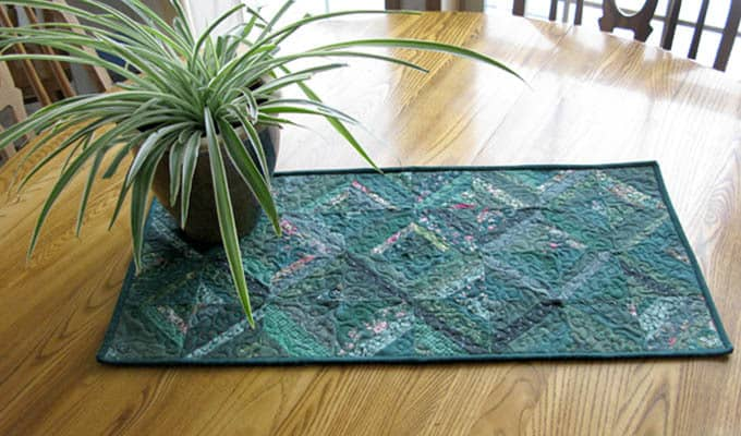 String Bean Tablerunner Tutorial