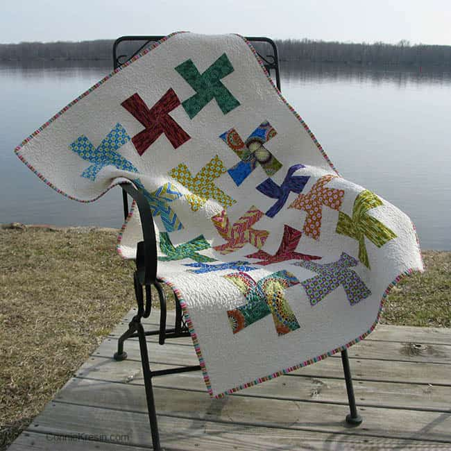River Whirls tutorial quilt by the river