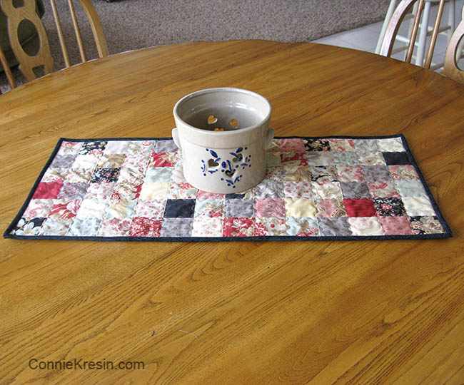 Quick and easy Table Runner tutorial easy to make on table