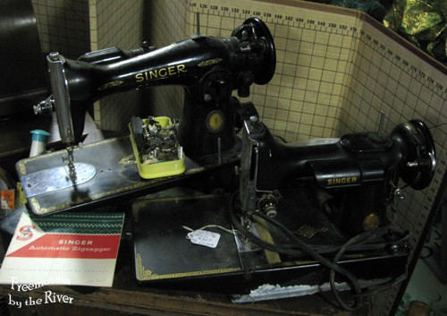 Featherweight and 1591 Singer sewing machines