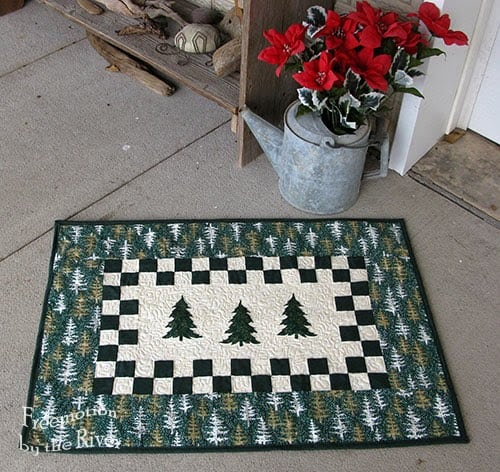 Evergreen Tree Table runner Tutorial at Freemotion by the River