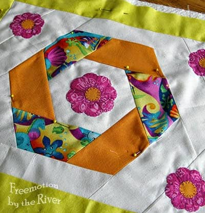 AccuQuilt Twirling Hexie Florals