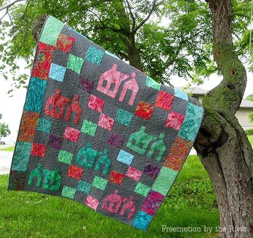 AccuQuilt School House quilt