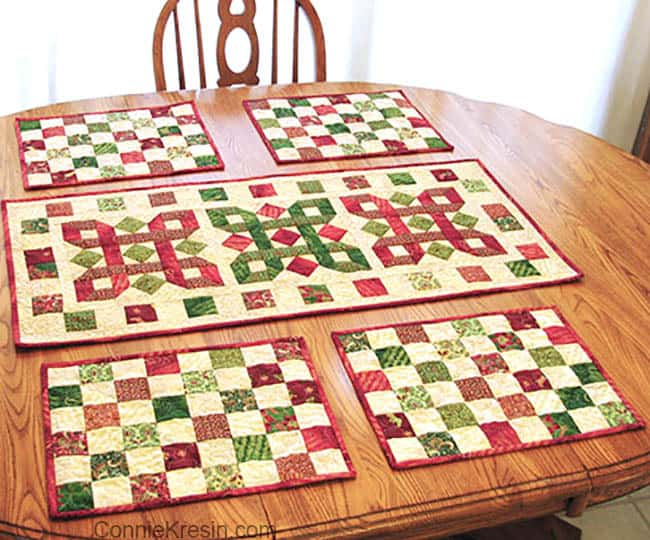 Christmas tablerunner and placemats on oak table