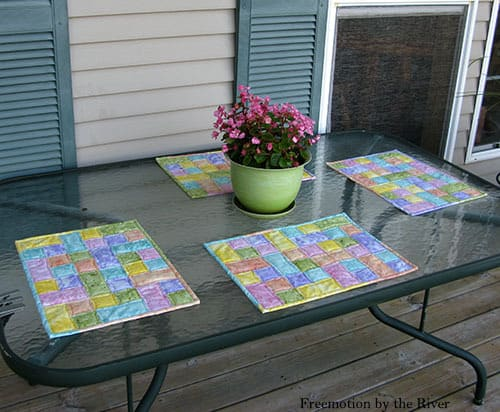 Table Topper Tutorial in Pastel fabrics
