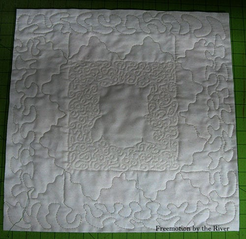 Pillow back quilted muslin
