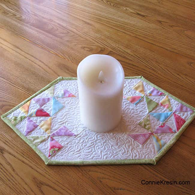 Fast and Easy Mini Table Topper Tutorial candle mat