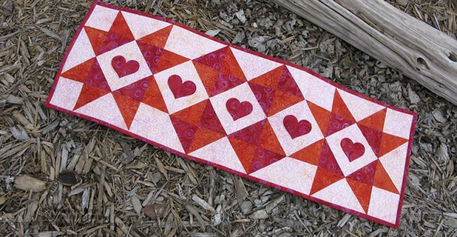 Batik Valentine table runner tutorial