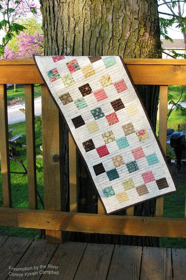 6 Square block tablerunner tutorial free pattern runner on deck