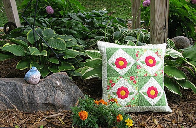 Rosey Applique pillow tutorial for AccuQuilt