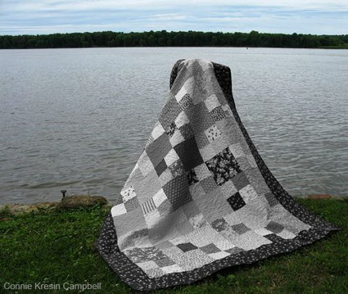 Checkmate quilt pattern in Black and White quilt river