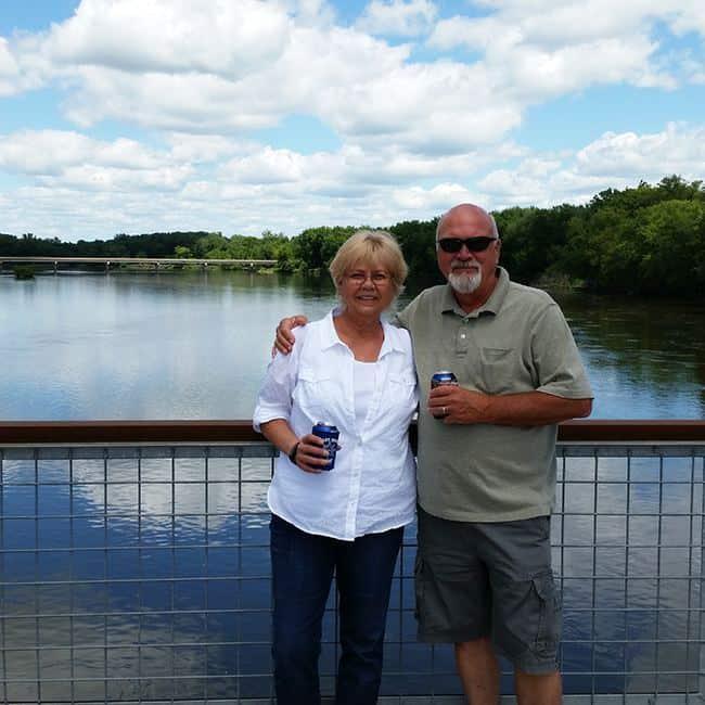Sutliff Bridge Cedar-River-Iowa-walking-bridge
