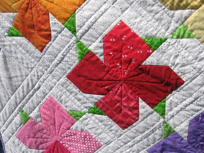 Spring Blooms quilt close-up
