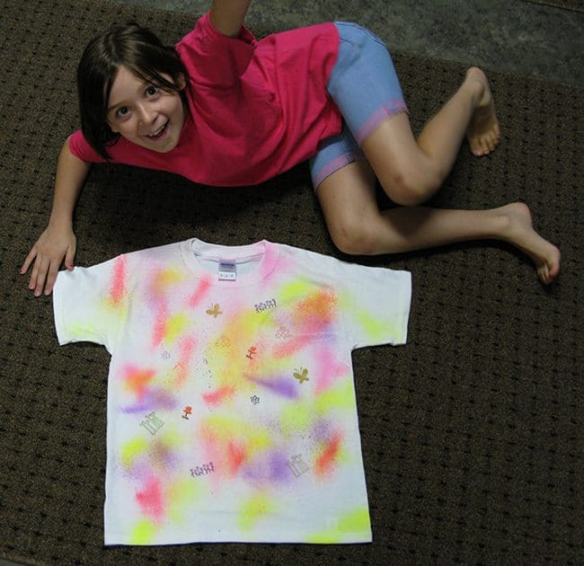 DIY Graffiti t-shirts made with fabric paints