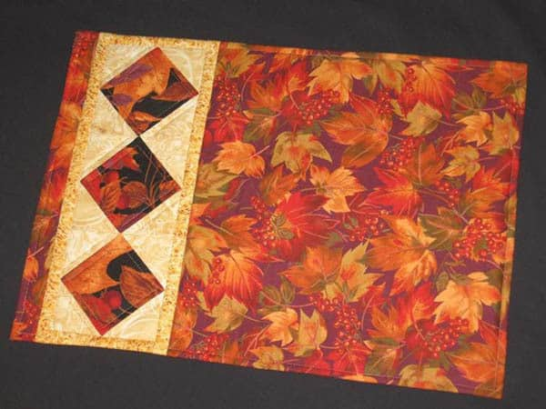 Fall Roundup String of Diamonds placemats