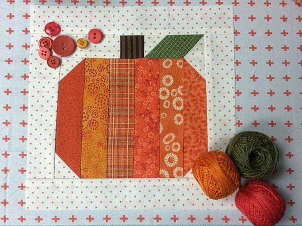 Halloween Roundup free pumpkin quilt block