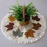 Maple Leaf table topper tutorial