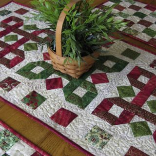 tis season tutorial tablerunner placemats
