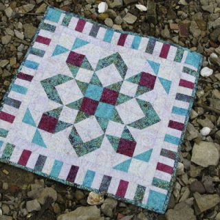 Star flower quilt Coastal Mist from Island Batik