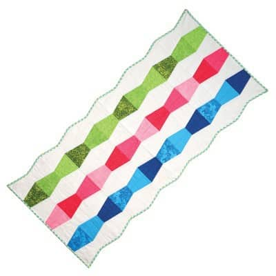 Bullseye Tumbling Table Runner