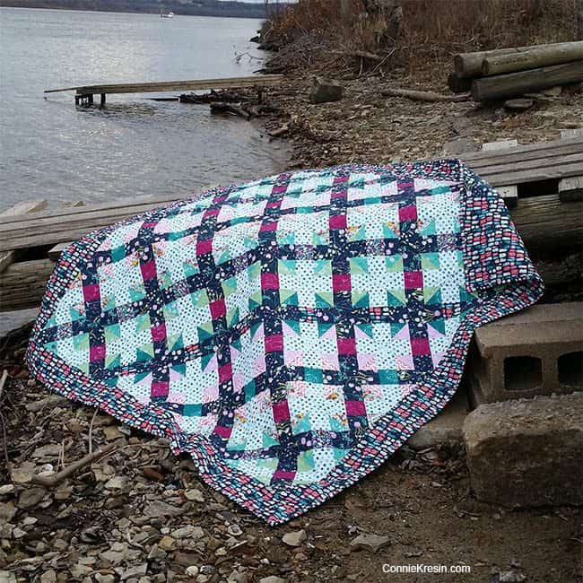 Filigree Free Quilt Pattern quilt by River