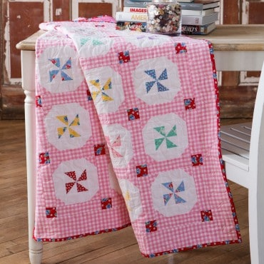 Breezy Buttons free quilt pattern