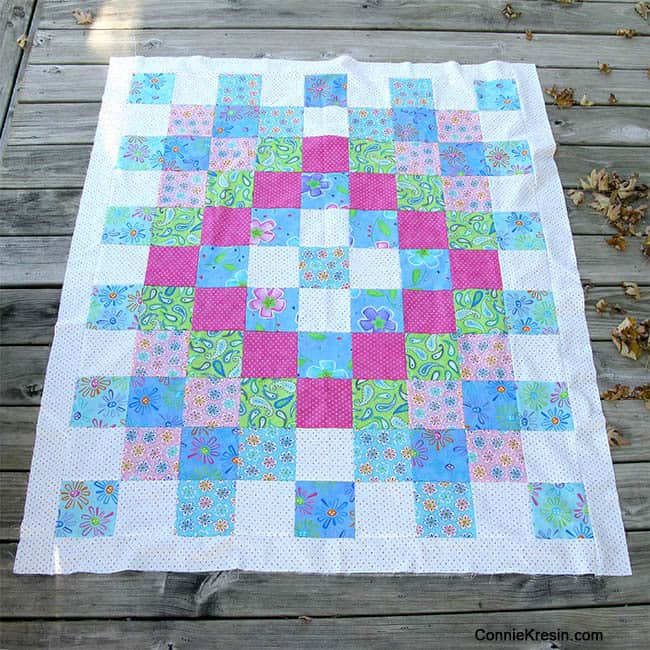 Twister Baby Quilt Tutorial with borders