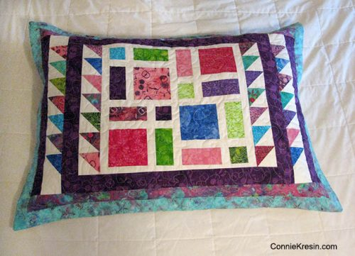 Scattered-Quilt-Pattern-Pillow