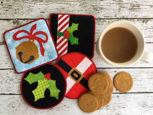 25 free Christmas Quilt Patterns and tutorials cute little Holiday coasters