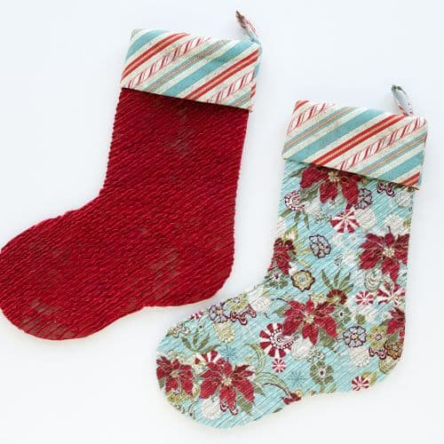 25 free Christmas Quilt Patterns and tutorials Chenille Christmas Stockings