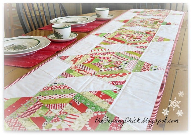 25 free Christmas Quilt Patterns and tutorials string tablerunner