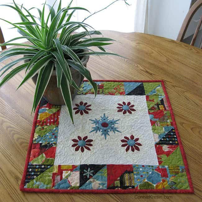 25 free Christmas Quilt Patterns and tutorials Winter Snowflake