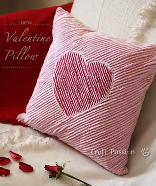 Chenille valentine pillow tutorial