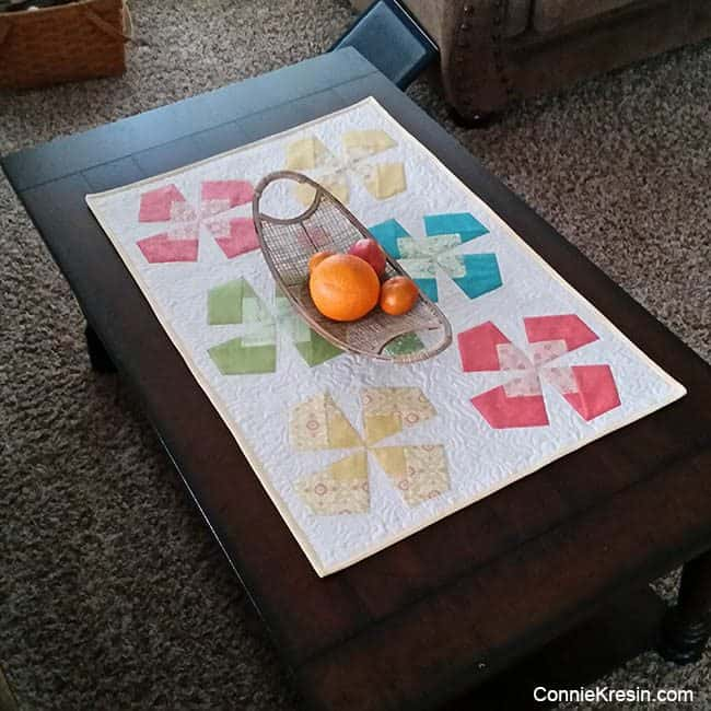 X-Block tablerunner on coffee table