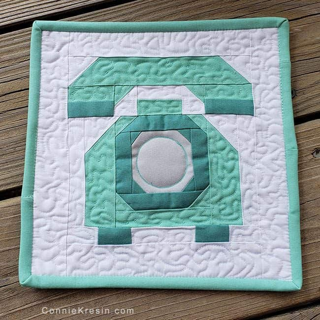 Spelling Bee Quilt Along Telephone