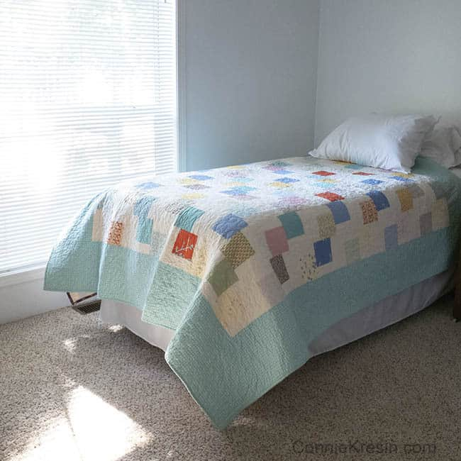 Falling Charms quick easy tutorial all quilted on bed