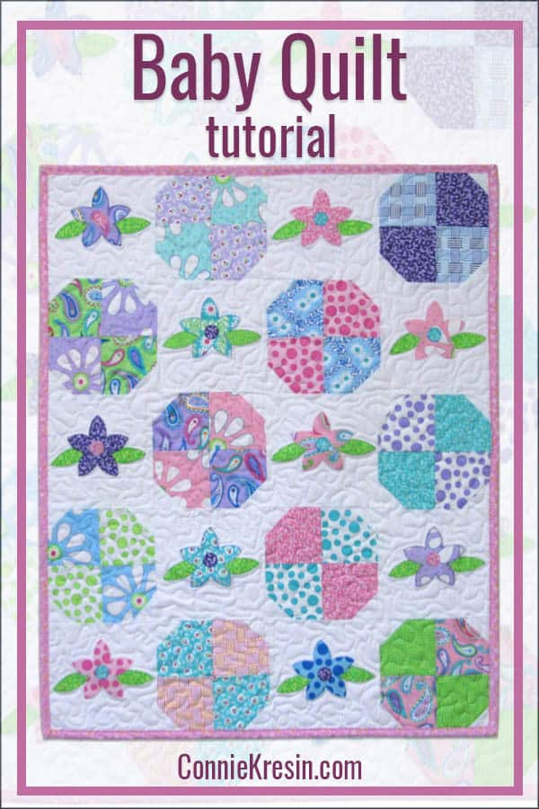 Floral Applique baby quilt with flowers and simple quilt blocks tutorial