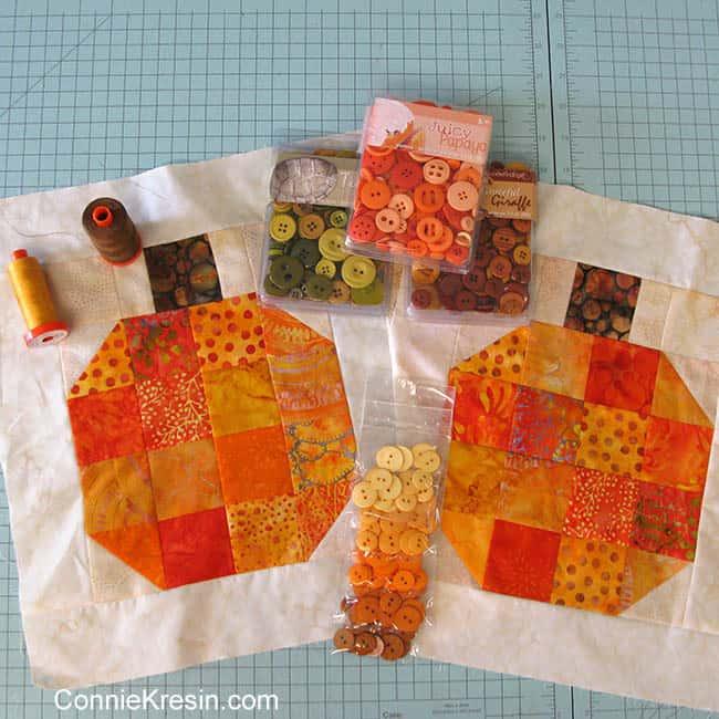 Autumn batik pumpkin quilt projecter