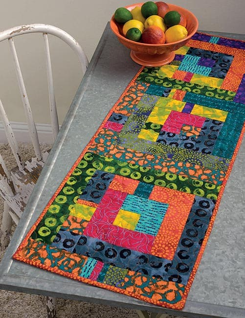 13 Quilted Projects to Spice Up Your Table tablerunner orange