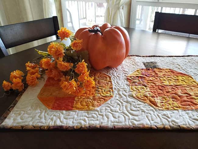 Pumpkin batik tablerunner and block tutorial DIY