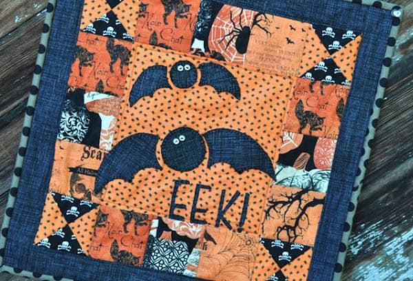 Mini Halloween Quilt