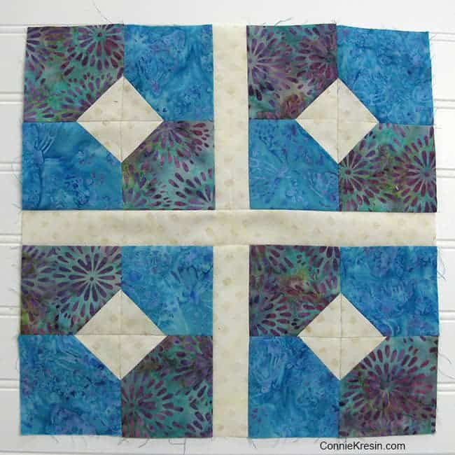 Bow tied quilt block with sashing