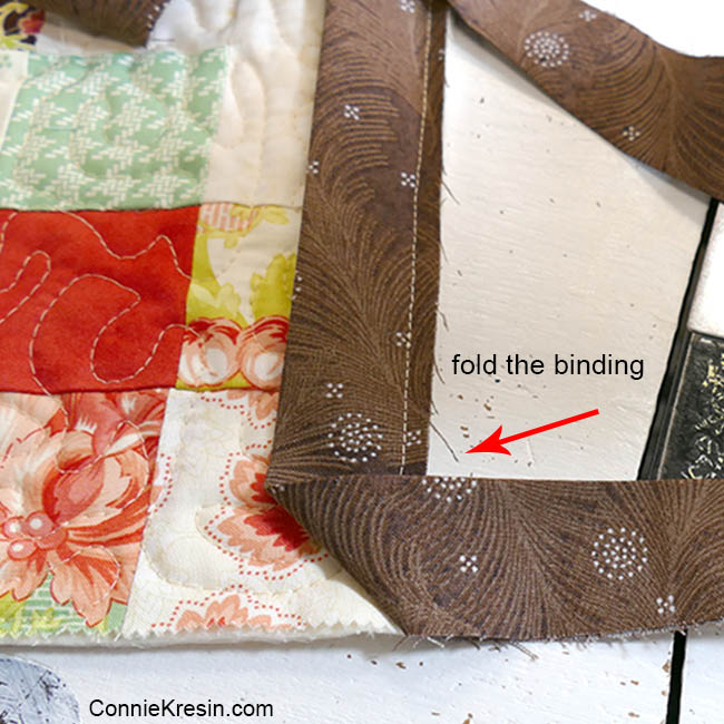 How to add binding to a quilt corner stitching