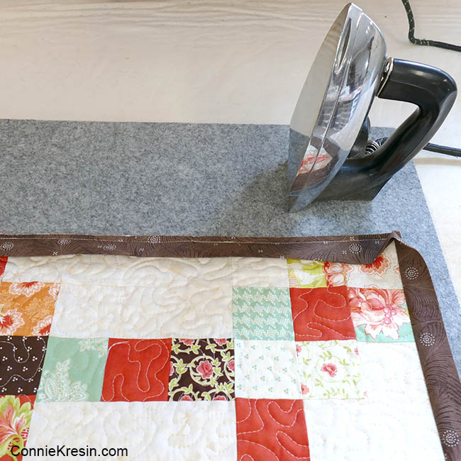 How to add binding to quilt ironing the binding
